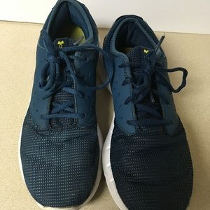 UNDER ARMOUR Size 8.5 Blue Sneakers